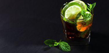 Aspratam - mity na temat szkodliwości słodzika stosowanego w napojach gazowanych