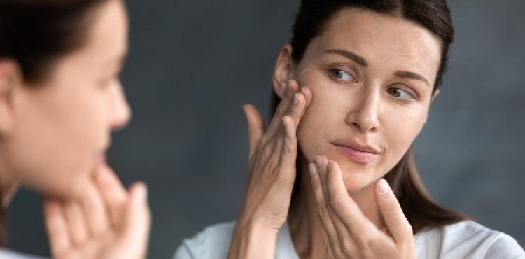 Jak pozbyć się pryszczy? Polecane kosmetyki na trądzik