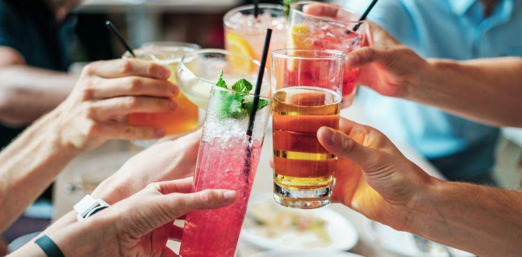 Jak sprawdzić poziom alkoholu bez alkomatu?