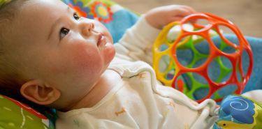 Rozszerzanie diety niemowlęcia -dowiedz się, w jakiej kolejności wprowadzać nowe produkty do jadłospisu dziecka